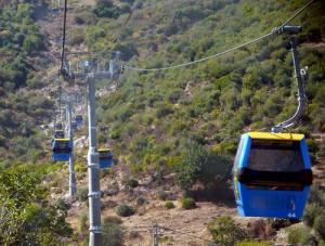 Téléphérique traversant les Forets de Annaba