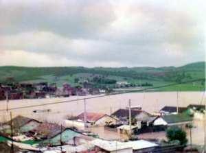 فيضانات مدينة رمضان جمال (ديسمبر 2004)