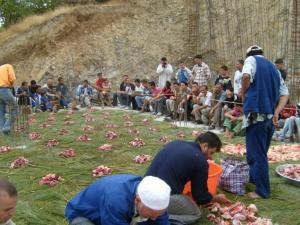 الوزيعة بمناسبة عيد الأضحى في قرية أغلاد (بلدية المروج) 19