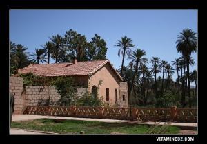 مباني من العهد الإستعماري ببلدية تيوت (1)