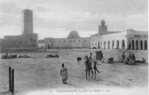 الساحة المركزية لمدينة توڨرت في الفترة الإستعمارية