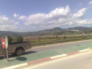 صورة من منطقة أولاد يحي خدروش على الطريق المؤدي إلى مدينة الميلية