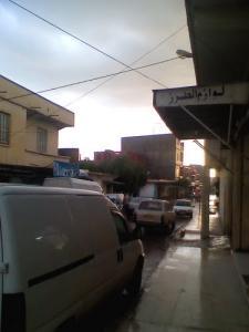 Une allée au centre ville de Berhoum
