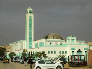 Une Mosquée du centre ville de Hassi Messaoud