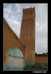 Mosquée de Sidi Mhamed Ben Bouziane à Kenadsa et son mausolé peint en vert