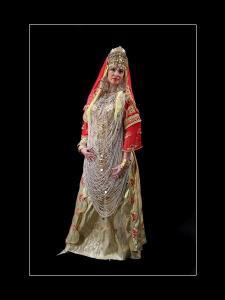 الزي التقليدي لعروسة مدينة تلمسان (1)