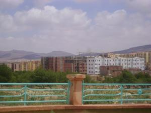 Construction de Nouveaux Logements aux abords d'El Bayadh