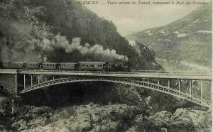 صورة قديمة لجسر الوريط بضواحي تلمسان (الفترة الإستعمارية)