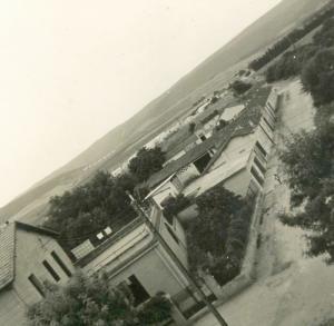 صورة قديمة لمدرسة بسباس (الفترة الإستعمارية) 2