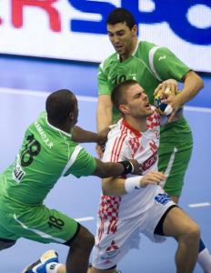 اللاعب الجزائري لكرة اليد حمزة زواوي 2