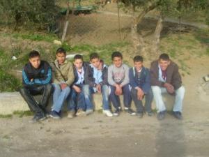 أطفال من قرية إزفاشن ببلدية دراع قبيلة (ولاية سطيف)