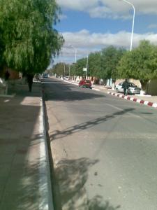 Boulevard du 1er Novembre au centre ville de Bougtoub