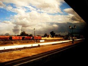 صورة من محطة السكة الحديدية لمدينة وهران