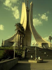صورة لمقام الشهيد بالجزائر العاصمة (1)