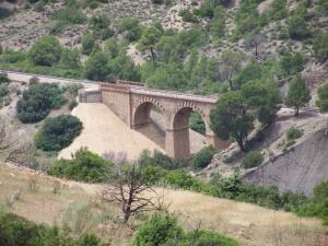 Pont ferroviaire à Ain Defla
