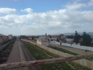 Voie ferroviaire passant par Ain Defla