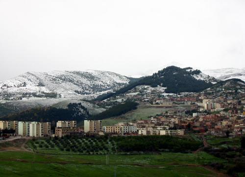 Neige aux alentours de Mila