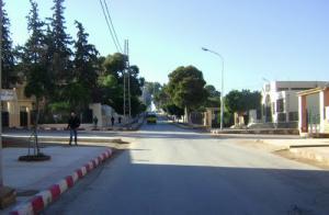 الطريق المؤدي إلى المستشفى المركزي لمدينة غليزان