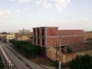 شارع سي زغلول بالضفة الغربية لمدينة غليزان