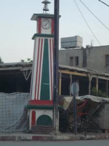 الساعة المركزية بوسط مدينة أحمد راشدي