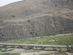 الجسر العابر للوادي الكبير (410 م)