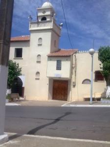 منارة مسجد بمدينة خميستي