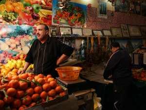 سوق الخضر و الفواكه بباب الواد (الجزائر العاصمة)